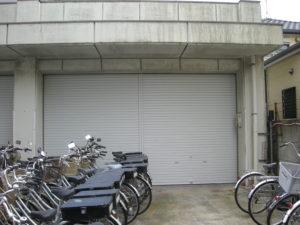 警察署様 倉庫シャッター取替工事1