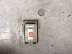 名古屋市中村区 電動シャッター 座板 押ボタンスイッチ 修理2