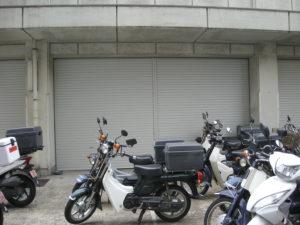 警察署様 倉庫シャッター取替工事3