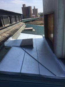名古屋市守山区 雨漏り対策板金工事 1